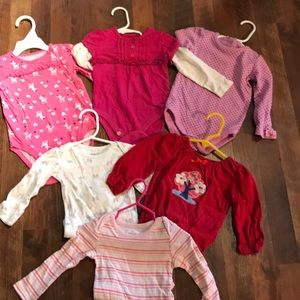 Lot of 6 girls onesies size 12-18 months.